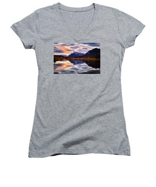 Natural Mirror Women's V-Neck T-Shirt