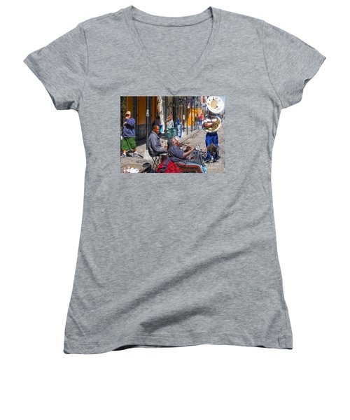 Nawlins Women's V-Neck T-Shirt