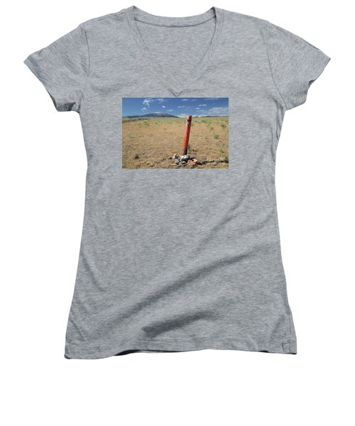 Nevada State Line Women's V-Neck (Athletic Fit)
