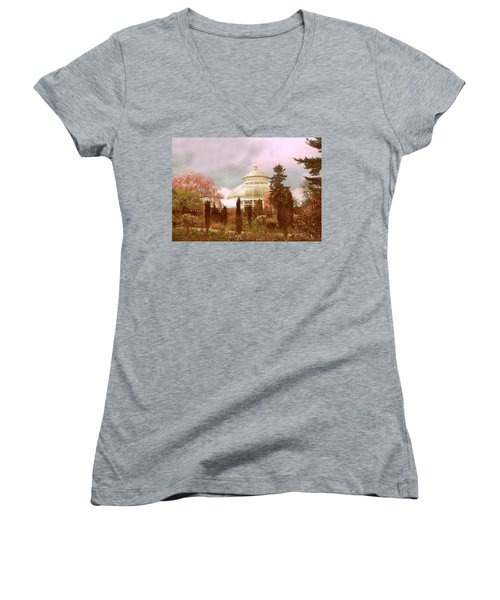New York Botanical Garden Women's V-Neck