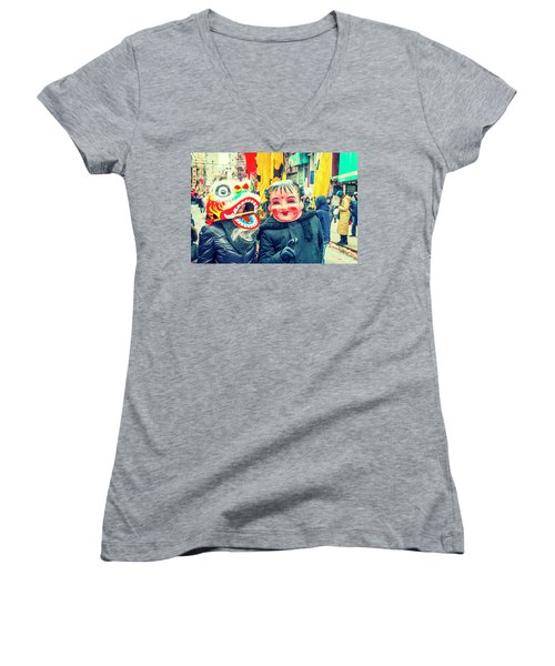 New York Chinatown Women's V-Neck (Athletic Fit)