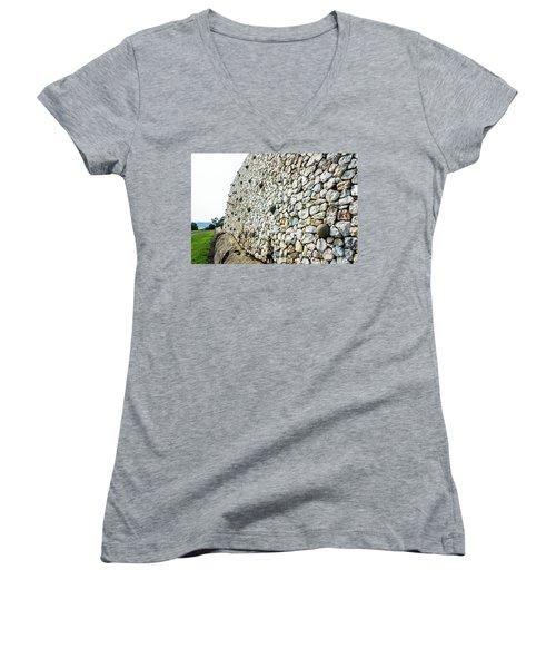Newgrange Women's V-Neck T-Shirt
