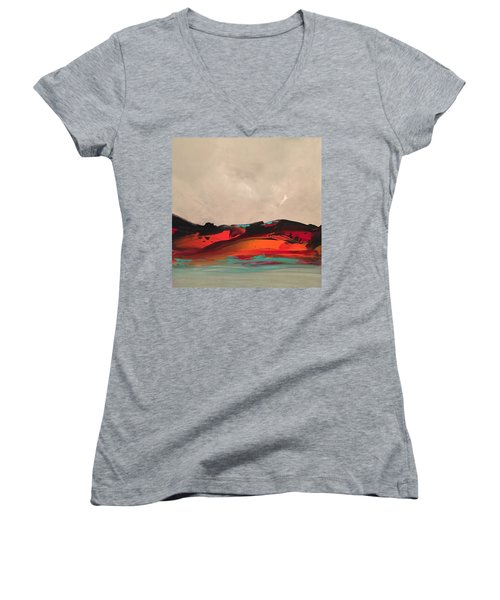 Niche Women's V-Neck T-Shirt