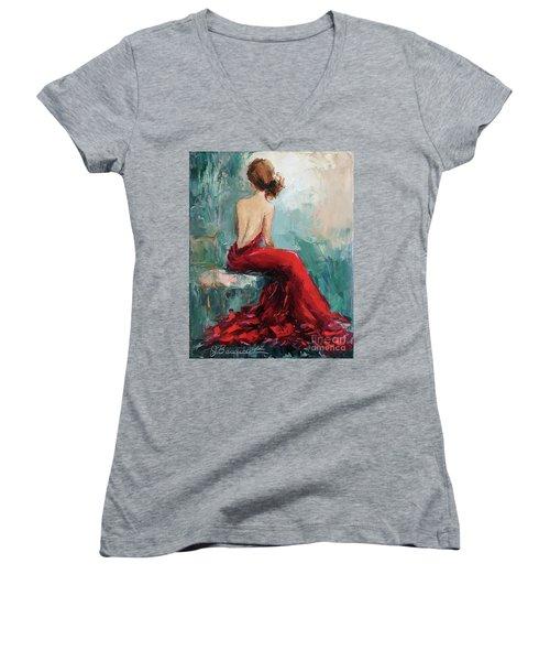 Night Approaching Women's V-Neck T-Shirt