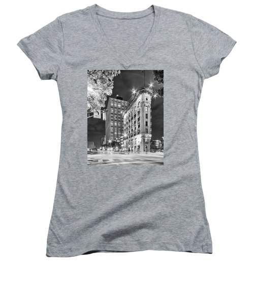 Night Photograph Of The Flatiron Or Saunders Triangle Building - Downtown Fort Worth - Texas Women's V-Neck