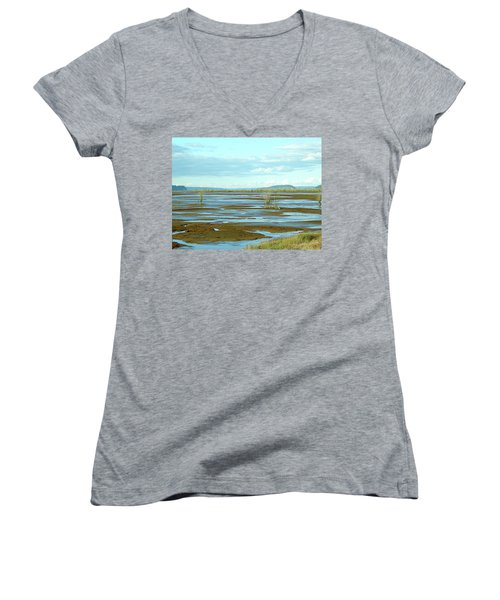 Nisqually Looking North Women's V-Neck T-Shirt