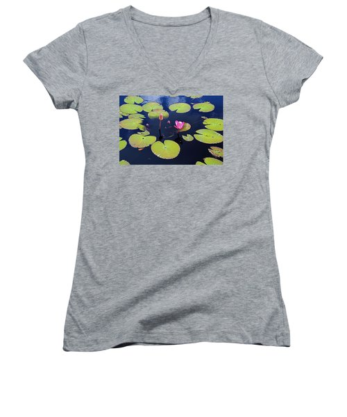 No Man's Land Women's V-Neck T-Shirt (Junior Cut)