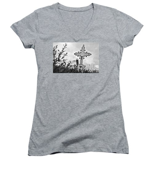 Women's V-Neck T-Shirt (Junior Cut) featuring the photograph Nome by Laurie Stewart
