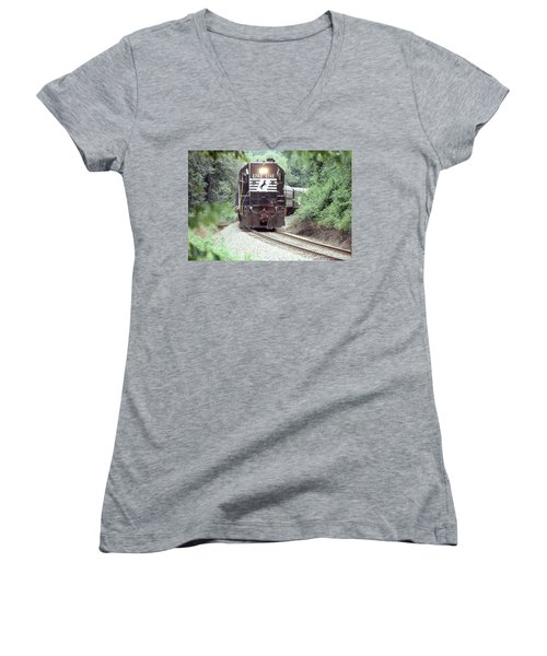 Norfolk Southern Passenger Excursion Women's V-Neck T-Shirt