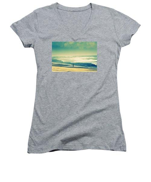 Nostalgic Oceanside Oregon Coast Women's V-Neck T-Shirt