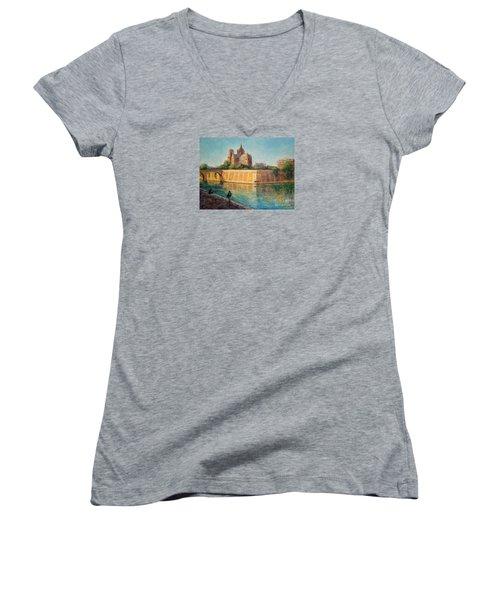 Notre Dame In Sunshine Women's V-Neck T-Shirt (Junior Cut)