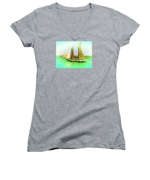 Nyc Sailing Women's V-Neck T-Shirt (Junior Cut) by Denise Tomasura