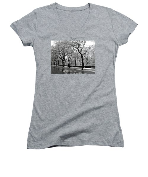 Nyc Winter Wonderland Women's V-Neck (Athletic Fit)
