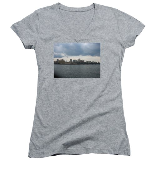 Nyc4 Women's V-Neck T-Shirt (Junior Cut)