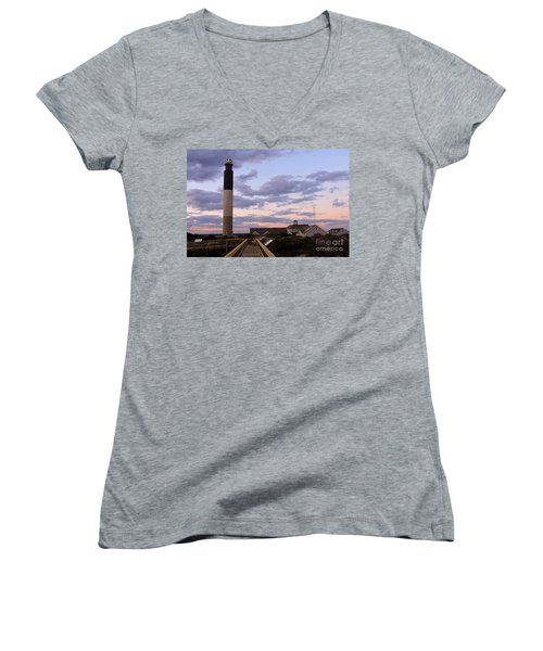 Oak Island Lighthouse Women's V-Neck T-Shirt