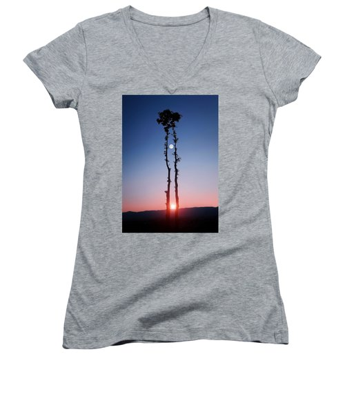 Oak Kissing Women's V-Neck T-Shirt (Junior Cut) by Bess Hamiti