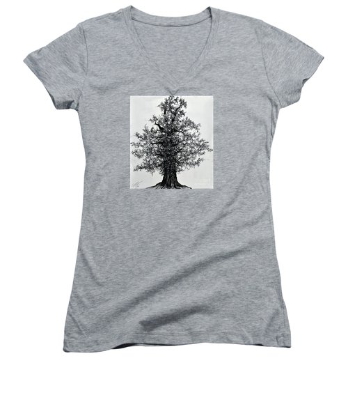 Oak Tree Women's V-Neck T-Shirt