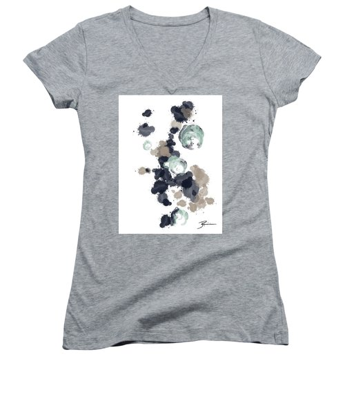 Ocean Vibes I Women's V-Neck T-Shirt