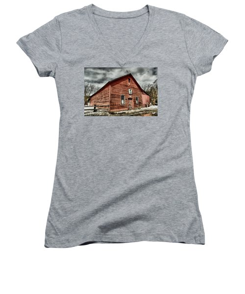 Women's V-Neck T-Shirt (Junior Cut) featuring the photograph Old Barn In Roslyn Wa by Jeff Swan
