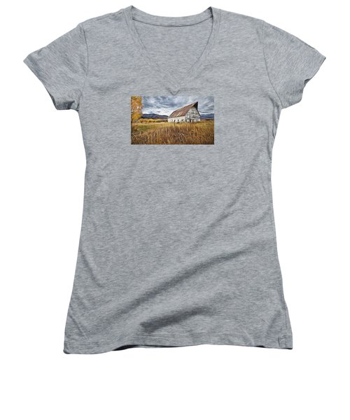 Women's V-Neck T-Shirt (Junior Cut) featuring the photograph Old Barn In Steamboat,co by James Steele