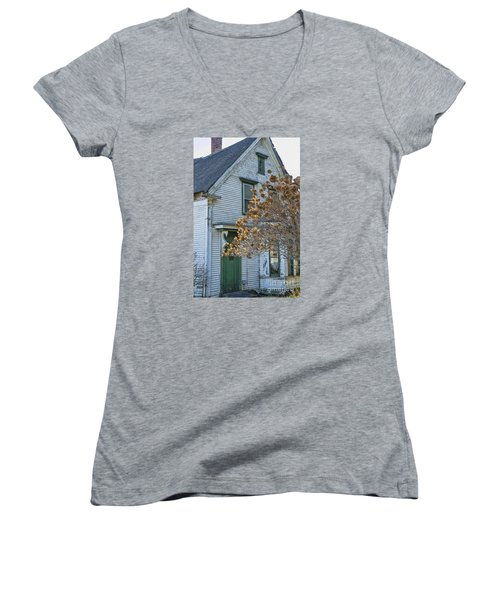 Old Home Women's V-Neck (Athletic Fit)