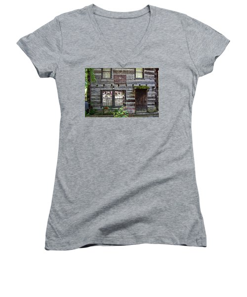Old Log Building Women's V-Neck (Athletic Fit)