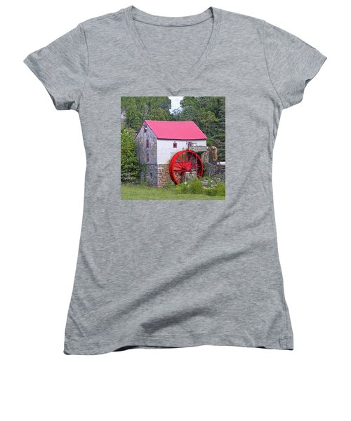 Old Mill Of Guilford Squared Women's V-Neck T-Shirt