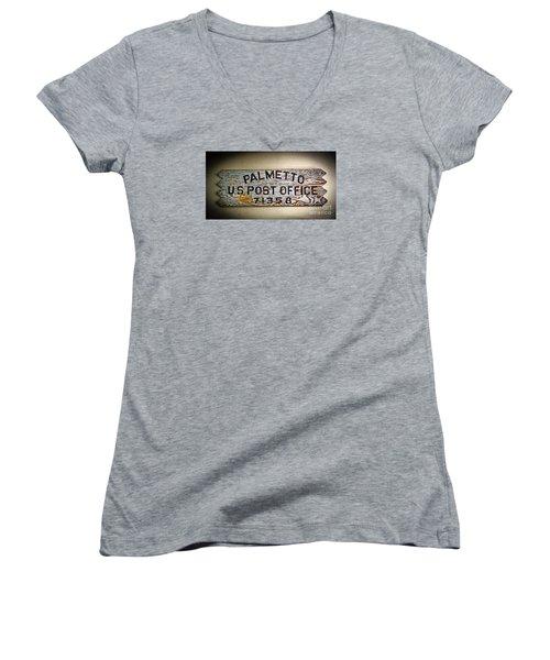 Old Palmetto Sign Women's V-Neck T-Shirt (Junior Cut) by Paul Mashburn