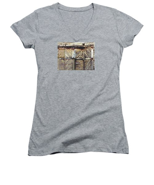 Old Rusted Barn Door Women's V-Neck (Athletic Fit)