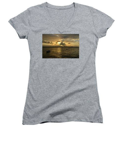 Old San Juan 3772 Women's V-Neck
