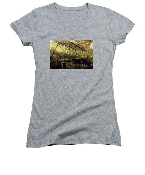 Old Spirit Women's V-Neck T-Shirt