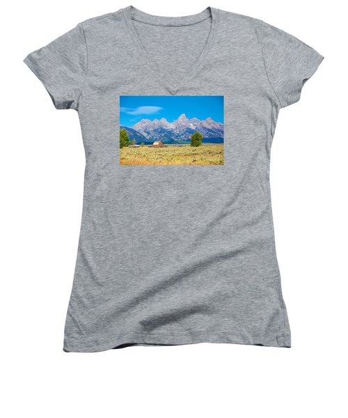 Women's V-Neck T-Shirt (Junior Cut) featuring the photograph Old Time Community by Robert Pearson