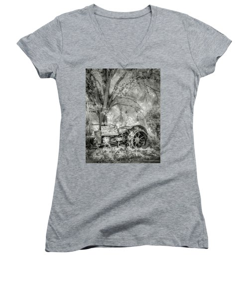 Old Tractor Women's V-Neck