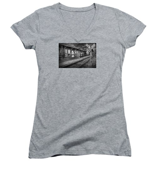 Old Train Station With Crossing Sign In Black And White Women's V-Neck