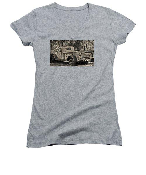 Old Truck Women's V-Neck (Athletic Fit)