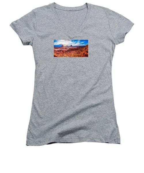Oljato-monument Valley Women's V-Neck T-Shirt