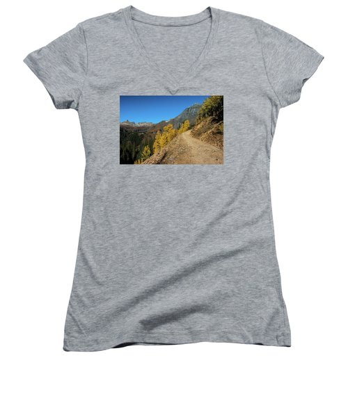 On The Way To Clear Lake In Co - 0056 Women's V-Neck T-Shirt