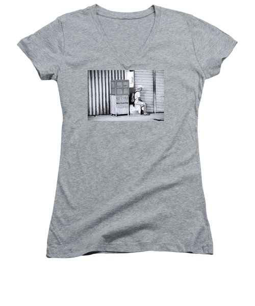 One Of 1000's Of Lonely Souls Women's V-Neck T-Shirt (Junior Cut)
