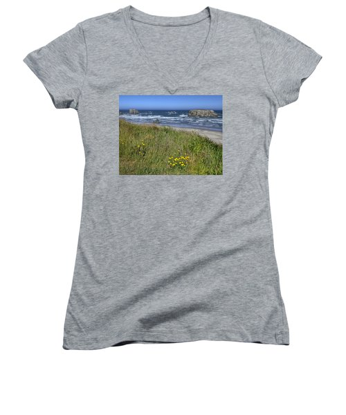 Oregon Beauty Women's V-Neck