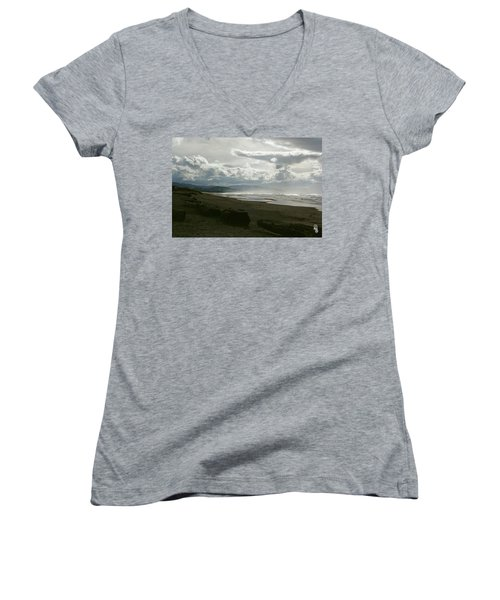 Oregon Coast 10 Women's V-Neck T-Shirt