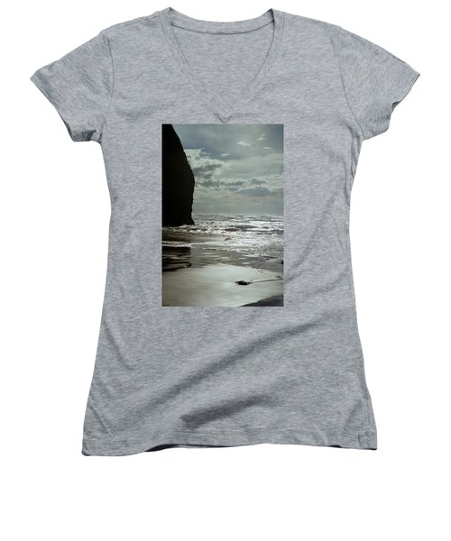 Oregon Coast 5 Women's V-Neck T-Shirt
