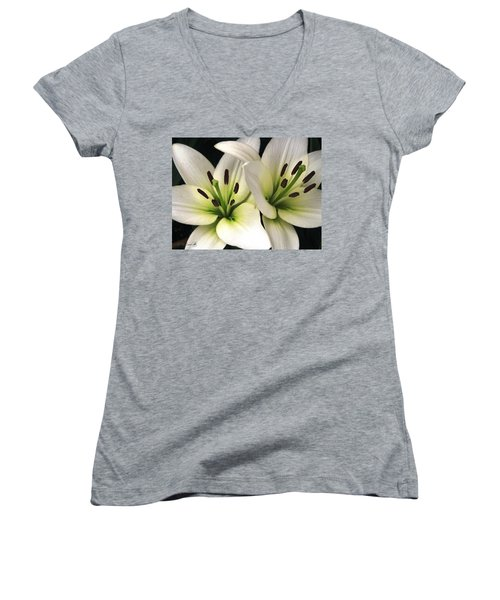 Oriental Lily Named Endless Love Women's V-Neck T-Shirt (Junior Cut)