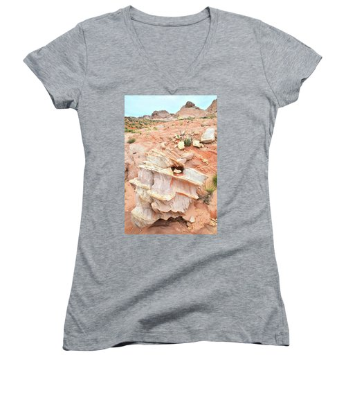 Women's V-Neck T-Shirt (Junior Cut) featuring the photograph Ornate Rock In Wash 4 Of Valley Of Fire by Ray Mathis