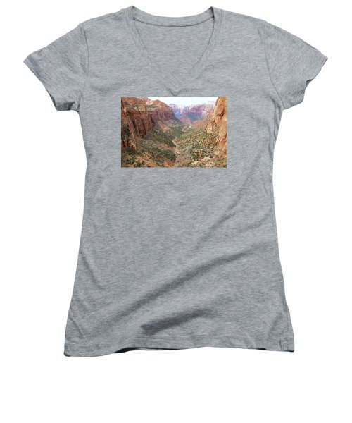 Overlook Canyon Women's V-Neck