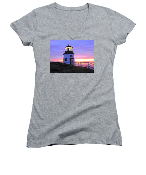 Owls Head Light Women's V-Neck