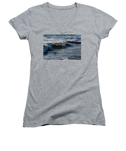 Pacific Waves Women's V-Neck