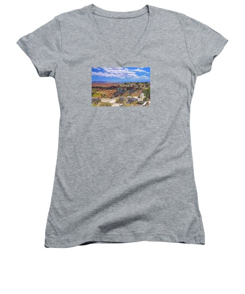Painted Desert Of Utah Women's V-Neck (Athletic Fit)