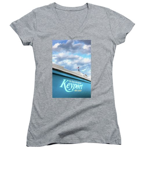 Women's V-Neck T-Shirt featuring the photograph Painterly Keyport Sailboat by Gary Slawsky