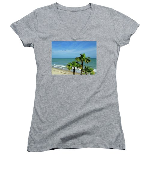 Palms At Vero Beach Women's V-Neck