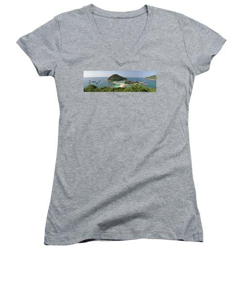 panorama Koh Nang Yuan Women's V-Neck T-Shirt (Junior Cut) by Sushko